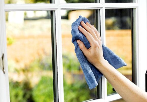 Kolay cam temizliği için püf noktalar